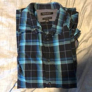 Banana republic plaid shirt size medium